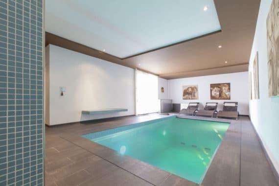 Villa d'exception à vendre au-dessus de Bienne